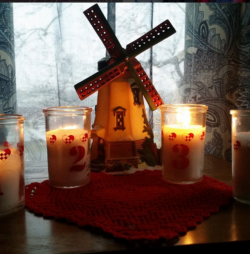 Advent Candles & Calendars